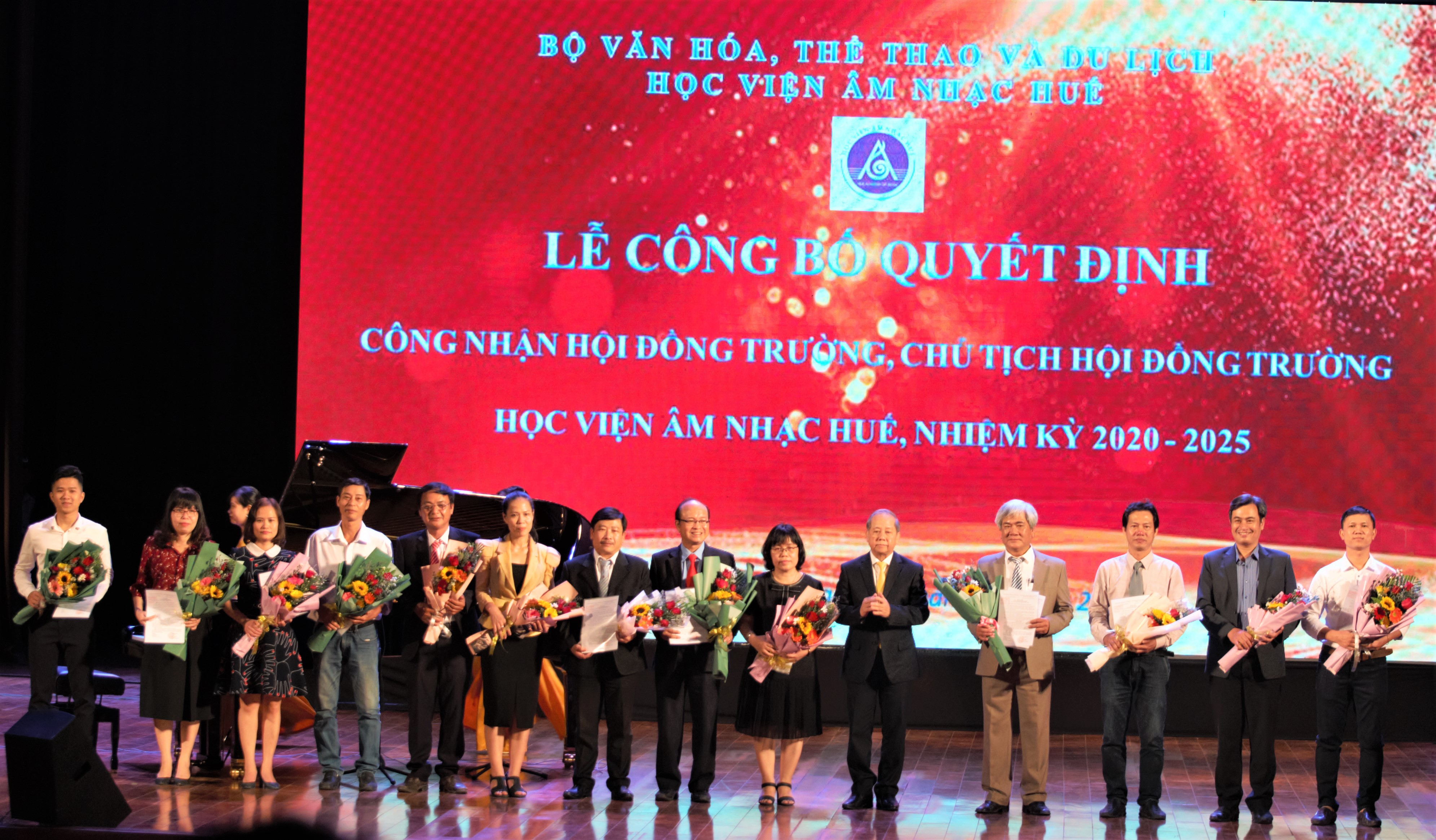 Hue Winter show in Hanoi