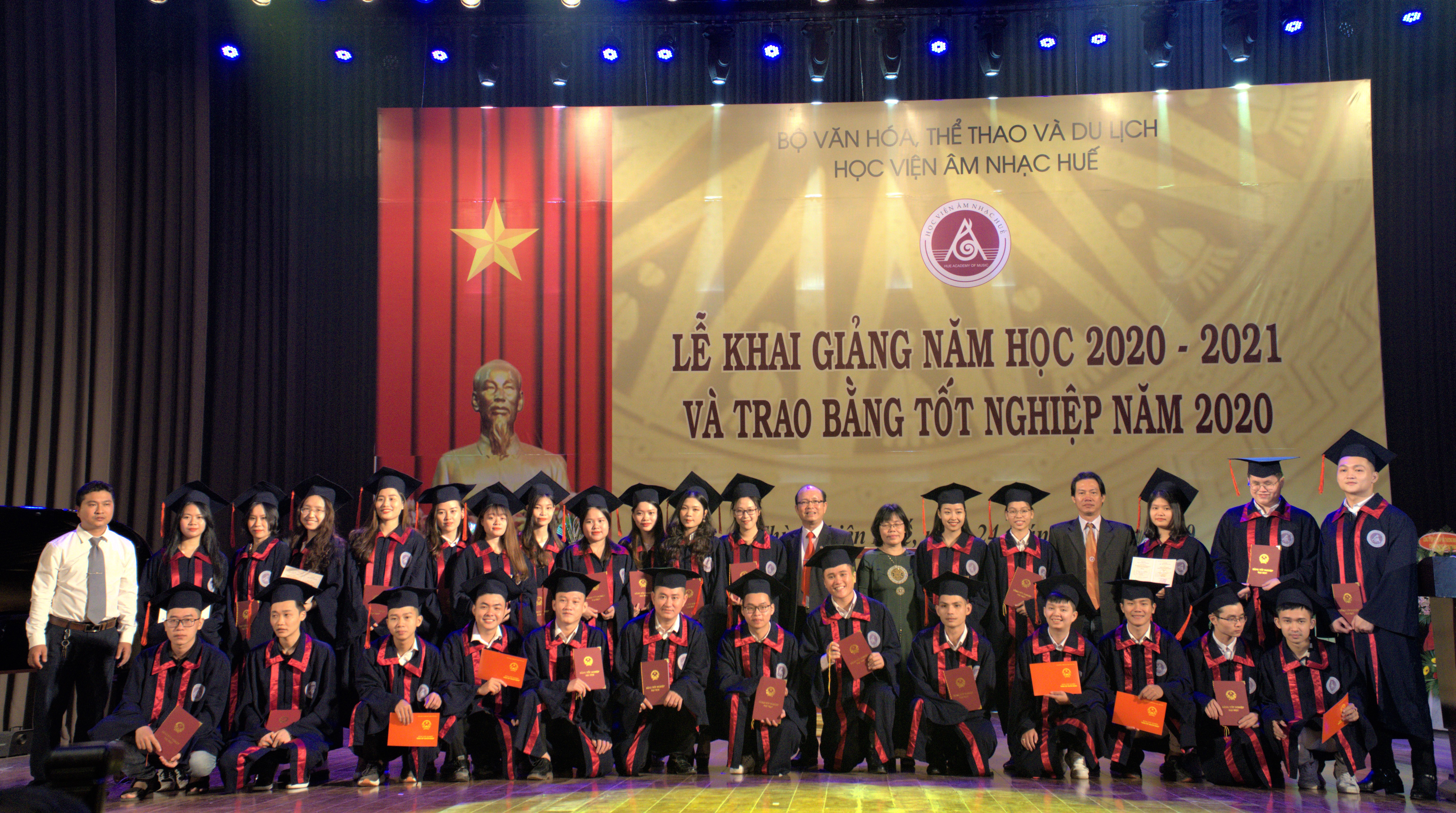 Announcement Ceremony for the establishment of the Hue Academy of Music